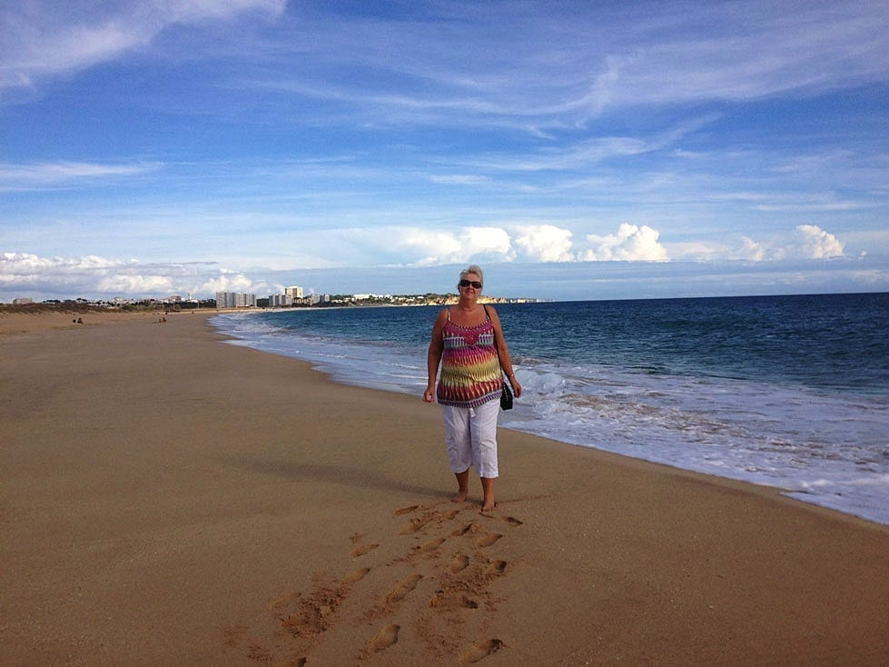 Chris-on-beach-at-Alvor