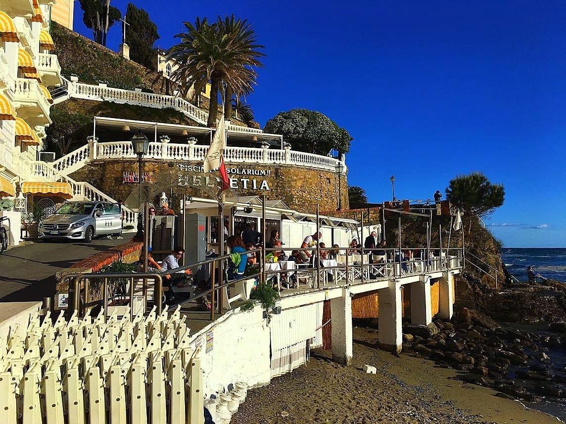 Helvetia-Hotel-beach-bar-Sestri-Levante