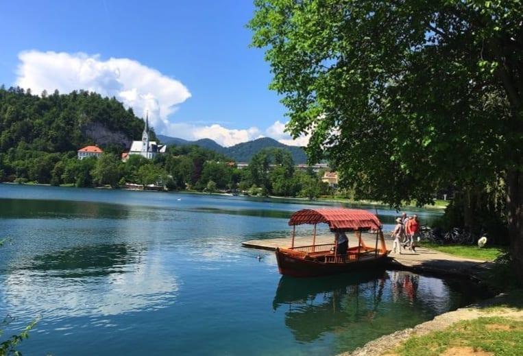 Pletna boat, Bled