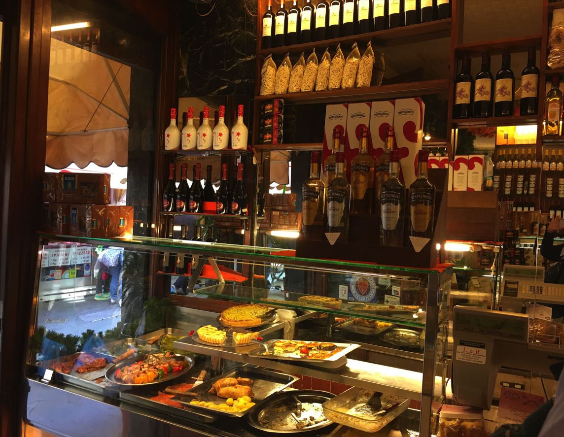 Food & wine shop in Rapallo