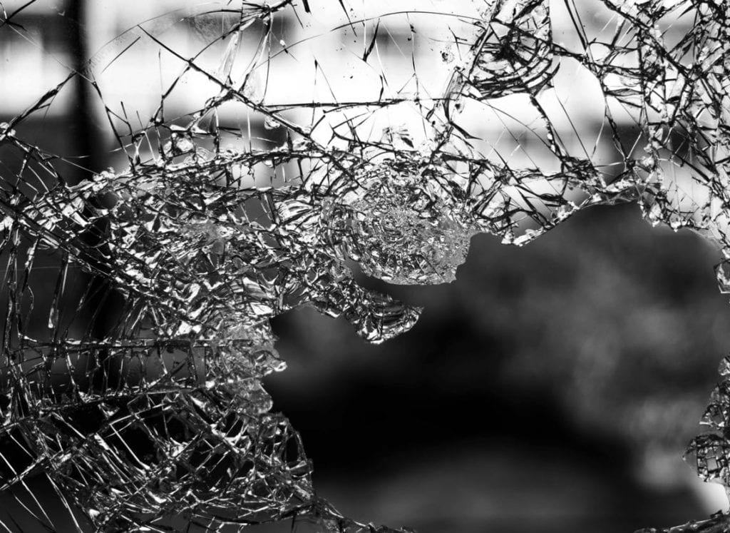 Smashed-Windscreen