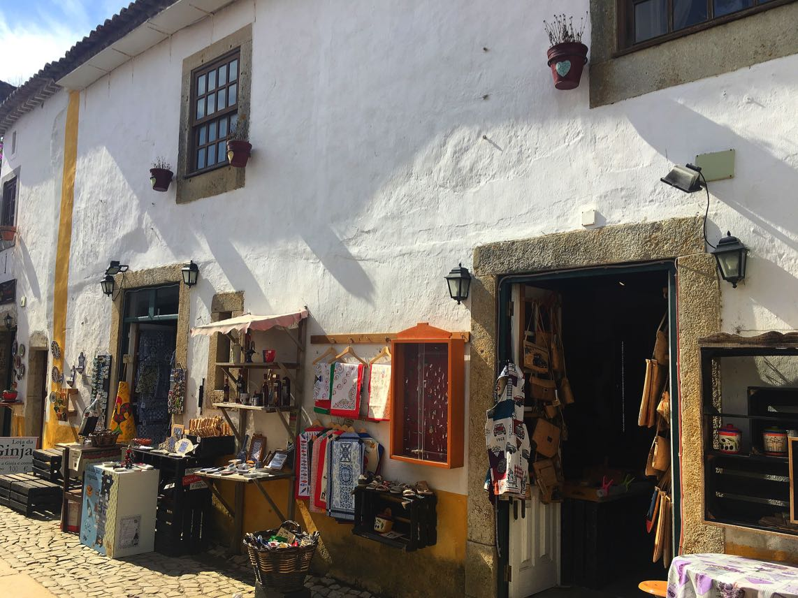 Shop-in-Obidos
