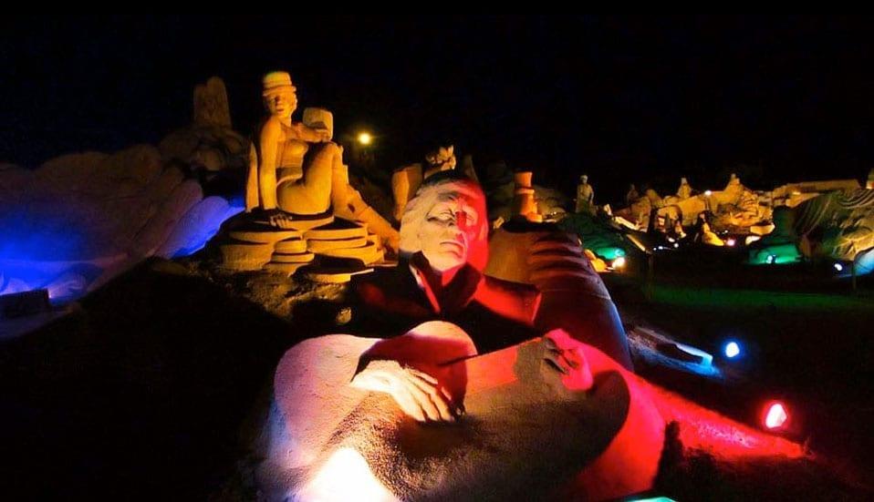 Illuminated-Fiesa-SandSculptures