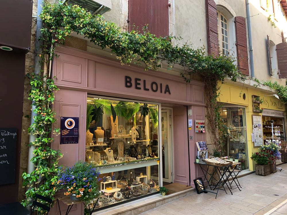 Shop in Saint-Remy-Provence