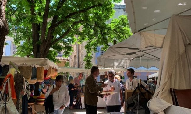 The wonderful sights smell and sounds of Saint Remy de Provence Market