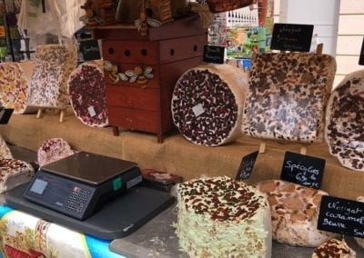 Cheese-stall-on-market-Sorgue