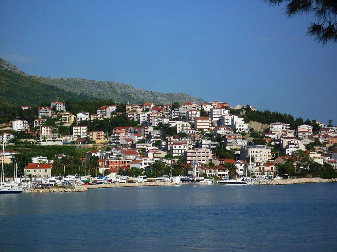 Makarska-harbour copy