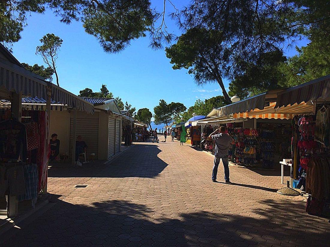 Tourist-Market-Makarska