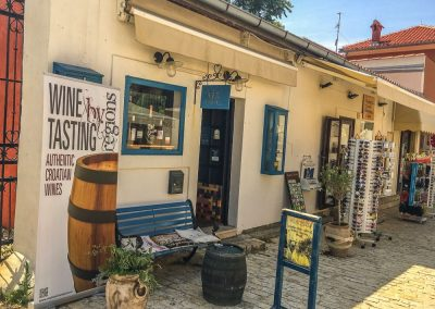 Wine-Tasting-Nin-Croatia
